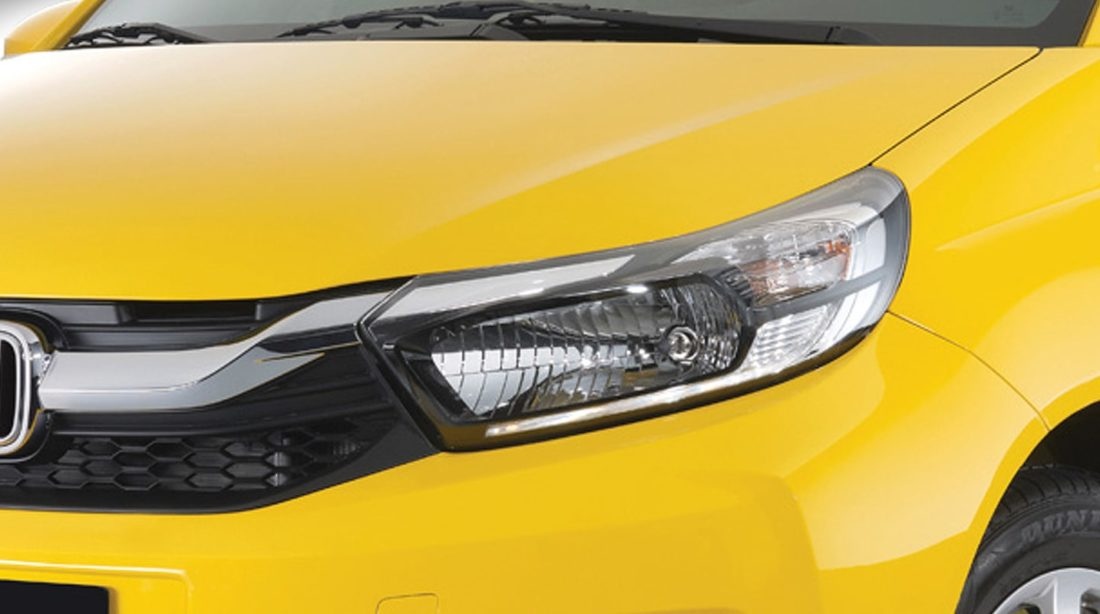 Multi-Reflector Halogen Headlights with LED Parking Guide